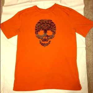 Wicked orange T-shirt with awesome skull graphic!